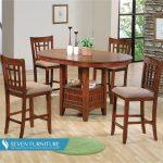 Set Meja dan Kursi Makan Elegan