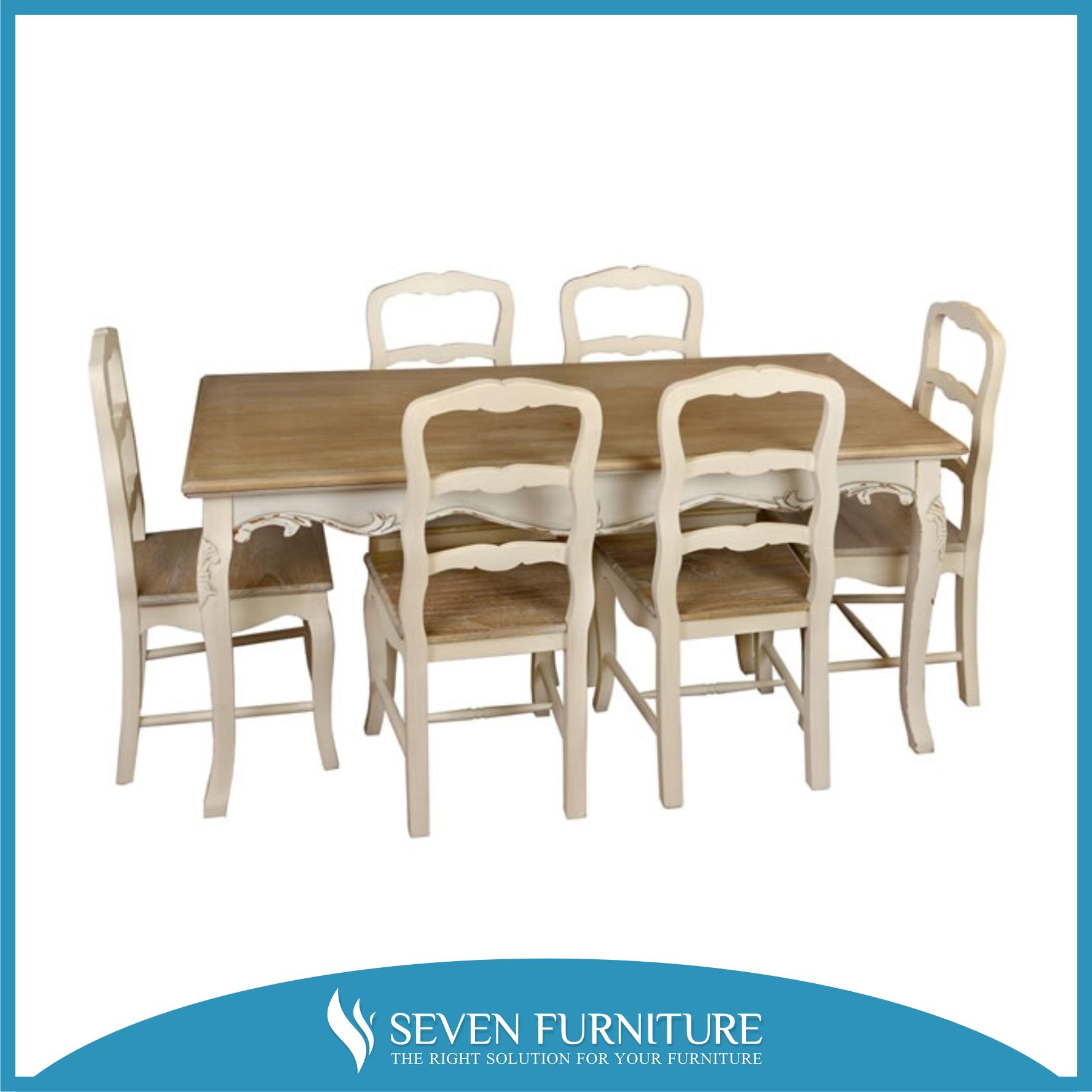 Set Meja dan Kursi Makan Klasik