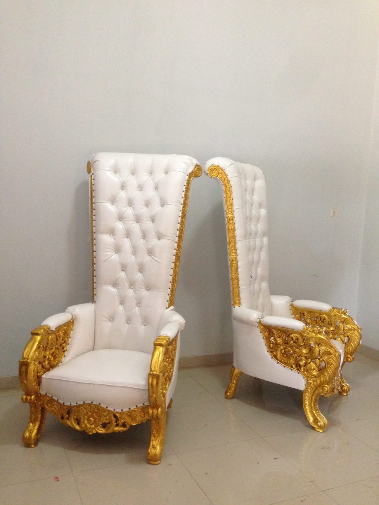 Kursi Bellagio Putih