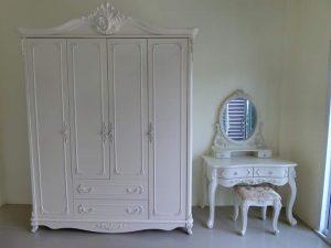 Set Lemari 4 Pintu & Meja Rias Putih