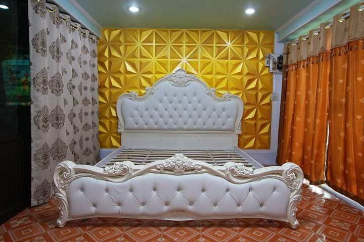 Tempat Tidur Ukiran White Duco