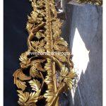 Detail Mirror Ukiran Daun Jepara