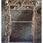 Frame Mirror Ukiran Daun