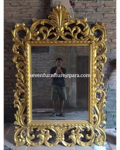 Frame Bingkai Cermin Ukiran