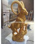 Patung Kambing Warna Emas   Goat Carving