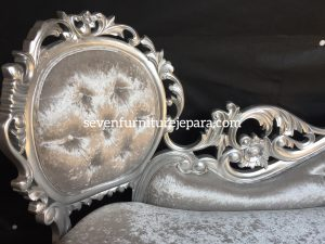Detail Sofa Tamu Ukiran Mawar