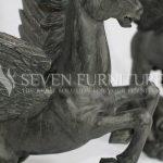Patung Kayu Jati Kuda Bersayap