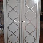 Lemari Minimalis 2 Pintu Putih Silver