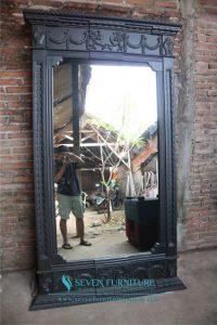 Pigura Cermin Romawi Ukuran Besar