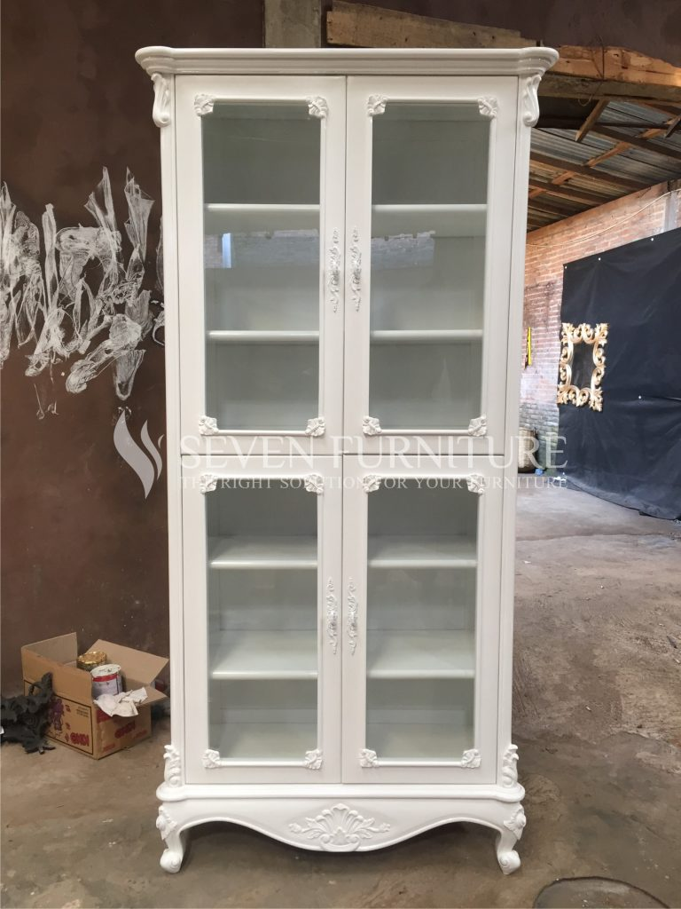 Lemari Putih Rak 4 Pintu Kaca