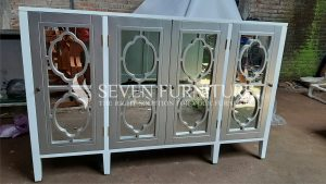 Lemari Nakas 4 Pintu Cermin Minimalis Modern