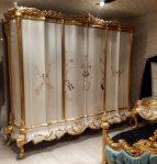 Lemari Pakaian 6 Pintu Ukir Mewah Klasik